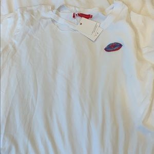 N philanthropy lips t-shirt